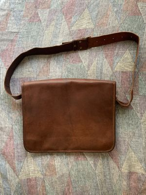 New! Unused Leather Satchel/messenger bag for Sale in Chandler, AZ