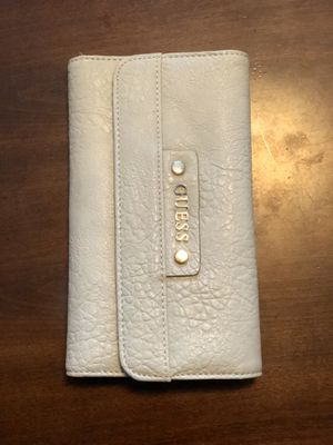 Guess wallet for Sale in Banning, CA