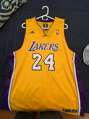 Lakers jersey for Sale in West Covina, CA