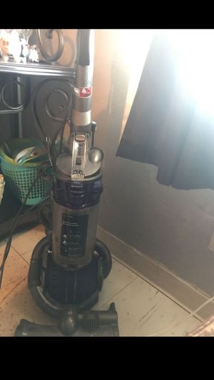 Dyson vacuum for Sale in Peoria, AZ