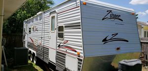 Zinger 2006 28' bumper pull camper for Sale in Pass Christian, MS