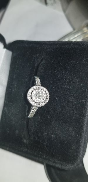 Diamond Engagement Ring 1/2 ct tw Oval/Round 14K White Gold for Sale in Elgin, IL