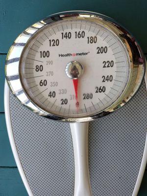 Health o Meter Heavy Duty Bathroom Scale for Sale in East Wenatchee, WA