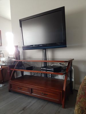 T.V with Stand for Sale in Las Vegas, NV