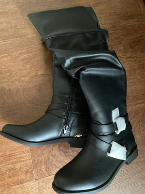Black flat boots for Sale in Vancouver, WA