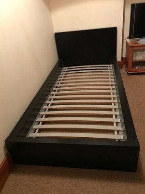 Black Twin Size Bed Frame ( Good Condition) for Sale in Salem, OR