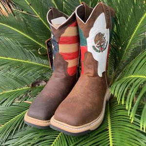Working Boots (USA/Mexico Combined) for Sale in Houston, TX
