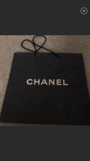 Set of Chanel shopping bags for Sale in Los Angeles, CA