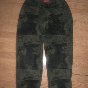 Suprem Is Love Skate Pants for Sale in Los Angeles, CA