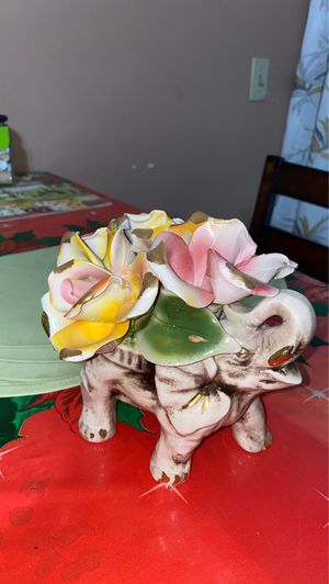Capodimonte elephant with roses for Sale in San Diego, CA