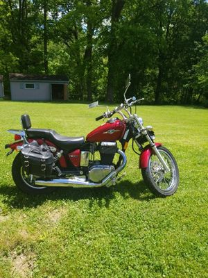 2006 Suzuki Boulevard S40 for Sale in Irwin, PA