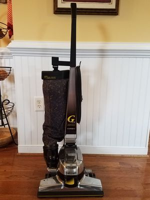 Kirby G 6 upright vacuum cleaner for Sale in Chesterfield, VA