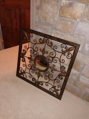 Wall decoration with small mirror center piece for Sale in Purcellville, VA