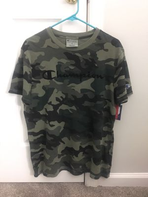Champion Camo Men's T-Shirt SIZE M for Sale in Bowie, MD