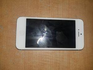 iPhone 5 64gb for Sale in Chula Vista, CA