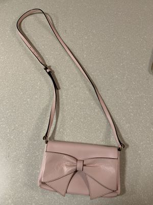Authentic Kate Spade small shoulder bag, light pink with bow for Sale in Burien, WA