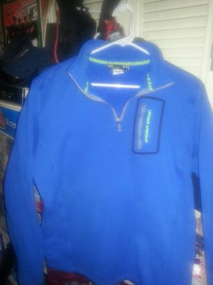 UNDER ARMOUR large like new only 30 for Sale in Glen Burnie, MD