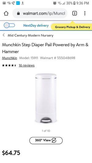 Diaper pail , munchkin plus refills for Sale in Grand Prairie, TX