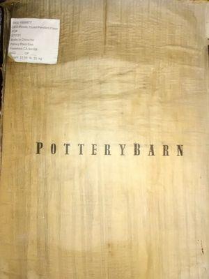 Pottery Barn chandelier for Sale in San Bernardino, CA
