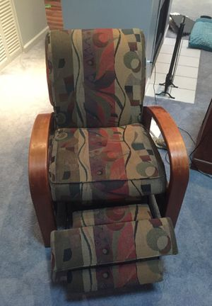 Reclining chair must pick up tonight or early tomorrow for Sale in McGaheysville, VA