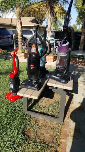 Vacuum ! good condition ! $30 each for Sale in Moreno Valley, CA