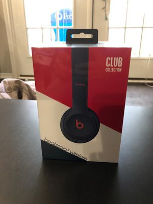 Brand new wrapped beats solo wireless 3 for Sale in Irving, TX