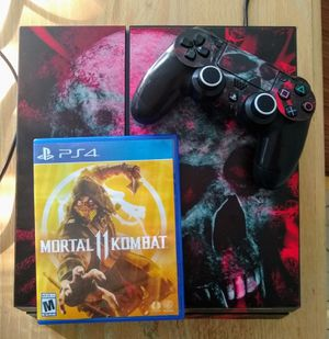 Ps4 complete Skull cover, with one controller cables and one game MK11 for Sale in Damascus, MD