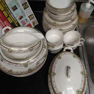 From The 1920s China Set for Sale in Henderson, NV