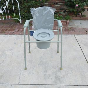 Portable Toilet Brand New Deluxe Five Peices Handicap Toilet Drive for Sale in Whittier, CA