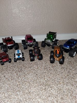 Toys monster jam 8pcs for Sale in Victorville, CA