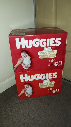 Diapers Huggies Little Snugglers size New Born (168 count total Diapers) both boxes for $35 other sizes available PAÑALES otros tamaños disponible for Sale in Phoenix, AZ