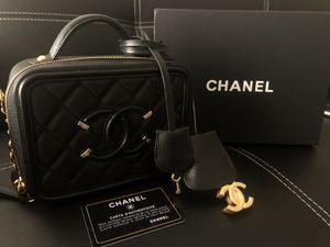 Authentic Chanel Mini Vanity Case Bag Purse for Sale in Las Vegas, NV