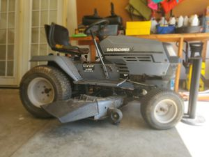 Yard machine 42' cut riding mower for Sale in Columbia, MO