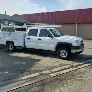 Chevy Silverado 2500hd for Sale in Walnut Grove, CA