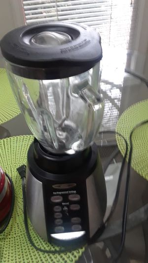 Kitchen appliances Bunn coffee maker KitchenAid food processor for Sale in Pasadena, MD