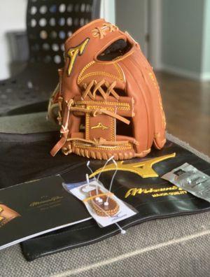 Mizuno Pro Limited Edition Series baseball glove for Sale in Schaumburg, IL