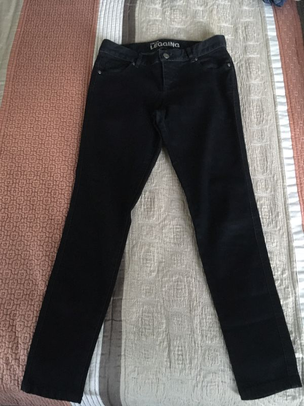 Women's New York & Company Jeans size 4 color Black