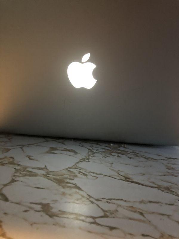 Mac Book Pro 2010