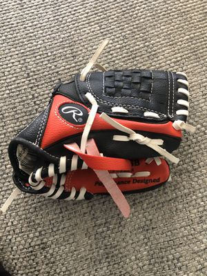 "Kids Baseball Glove 8 1/2"" for Sale in Fresno, CA"