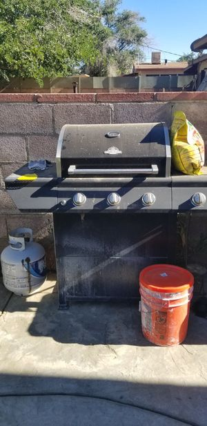 Grill works great for Sale in Palmdale, CA