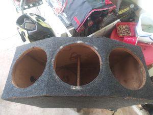 "Speaker box for three 12"" speakers for Sale in Shelbyville, TN"