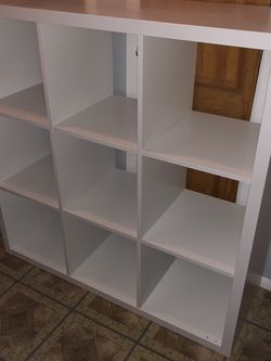 White Shelf Unit for Sale in Queens,  NY