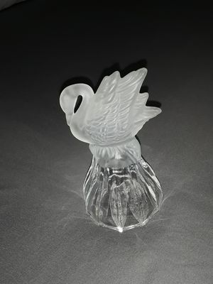Weighty Swan Collectible for Sale in Duncanville, TX