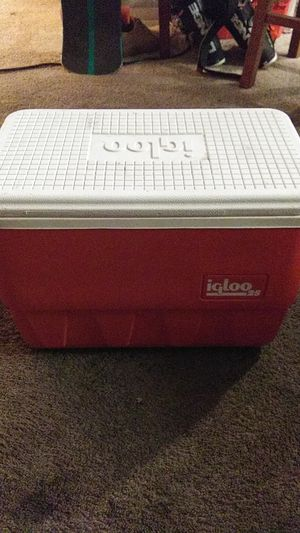 25 quart igloo cooler for Sale in Sacramento, CA