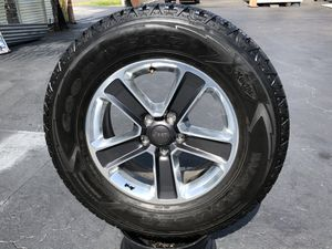 2020 Jeep rims with tires for Sale in Riverview, FL