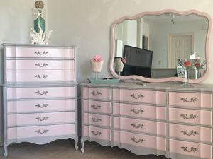 Vintage real wood bedroom set. for Sale in Virginia Beach, VA