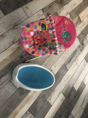 Baby bundle bath seat and bouncer for Sale in Carmichael, CA