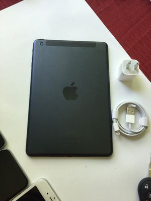iPad mini , Excellent Condition Unlocked. (Cellular and Wi-Fi both)  7 inch iPad ( Usable with Sim and Wi-Fi) for Sale in Springfield, VA