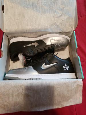 New Nike SB Dunk Low / Supreme Black size 12 for Sale in Philadelphia, PA