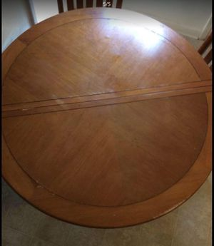 Dinner table with 4 chairs must to go SAP for Sale in Charlotte, NC